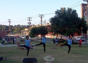 WallTown_Dancers_In_Motion.GG