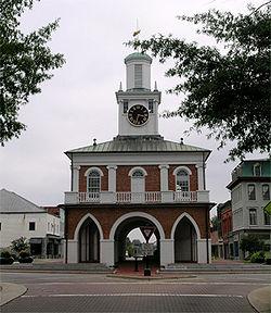 Market_House_Fayetteville.wiki